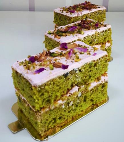 Rectangular Cake Slice-Pistachio