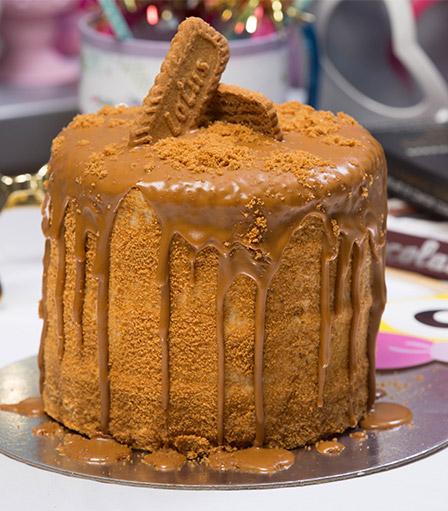 Lotus Biscoff Cake 6