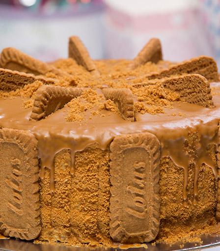 Lotus Biscoff Cake 8