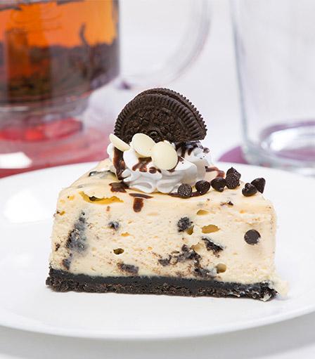 Cheesecake Slice-Cookies & Cream